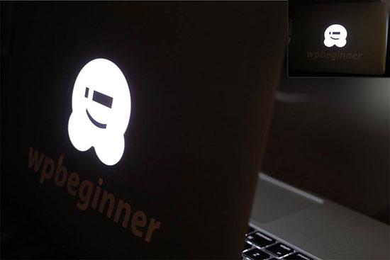 WPBeginner ब्रांडेड लैपटॉप